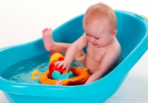 jeu-de-bain-nicky-et-ses-petits-lilliputiens2